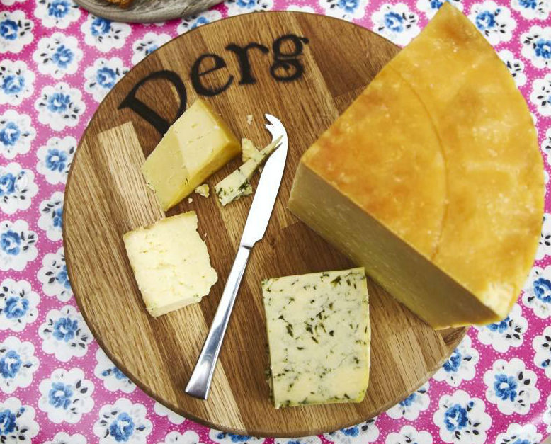 Derg Farmhouse Cheddar
